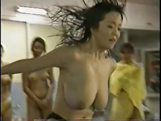 Bouncing big tits on japanese tv bouncing