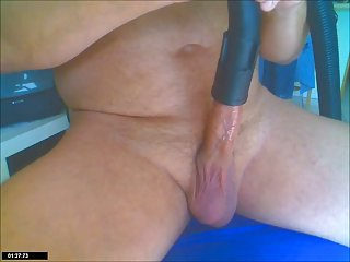 Big dick xx sucking machine sucks cock of sandrothebest