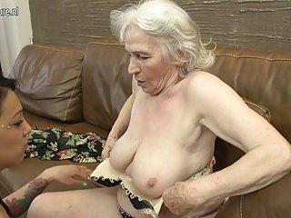 Hairy granny getting licked by young girl mature nl