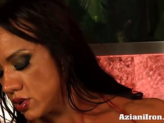 Iron amber deluca riding sybian sex toy, horse old man porn