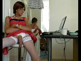 Porn mama mature cd with an amazingly long cock.