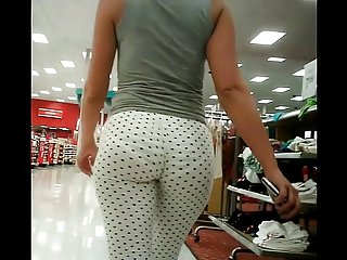 Young chubby chicks epic pawg booty jiggle in tights